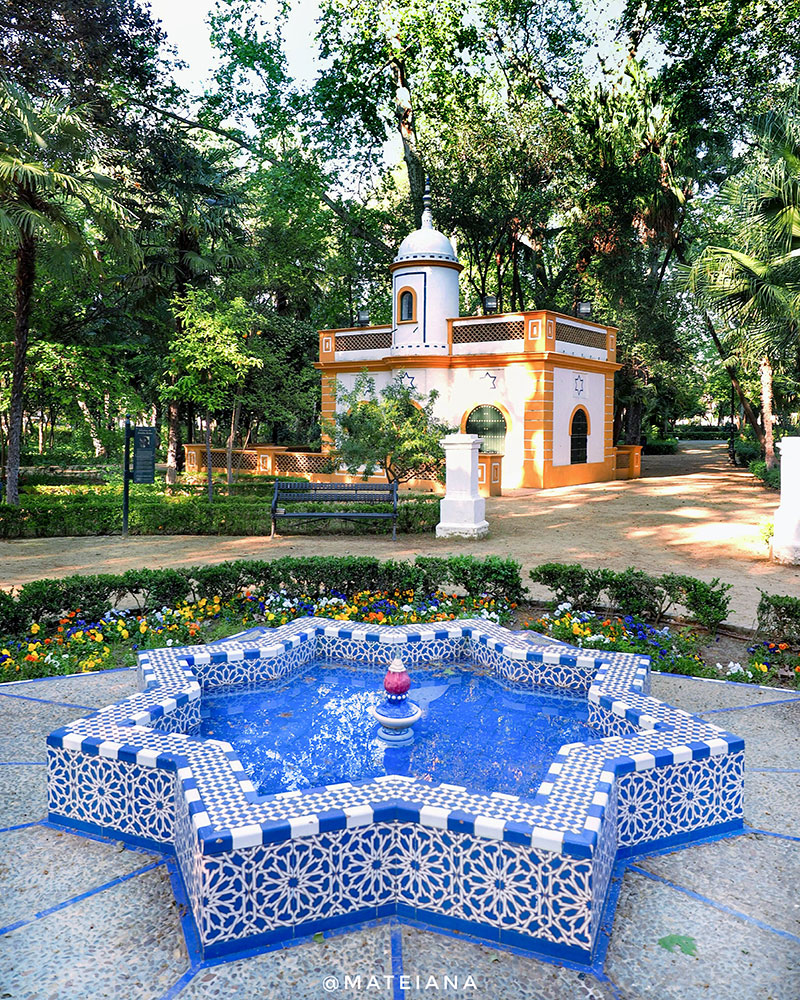 Maria-Luisa-Park-in-Seville,-Spain