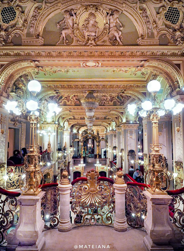 Architecture at New York Cafe Budapest