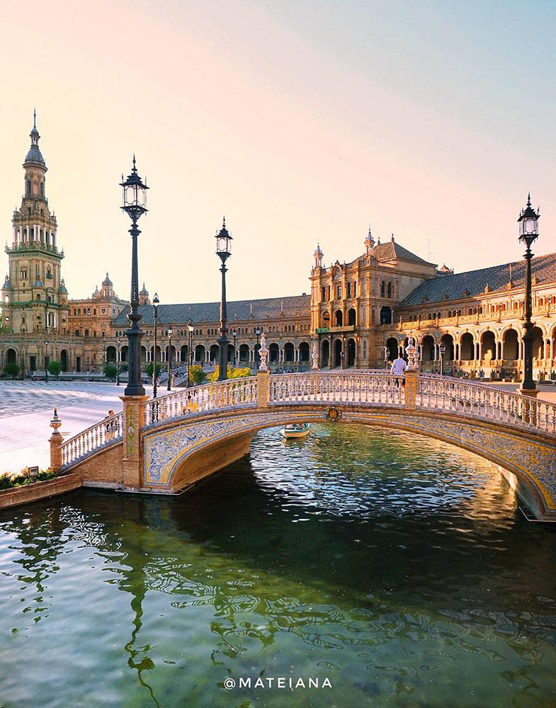Plaza-de-Espana-Seville,-Andalucia,-Spain