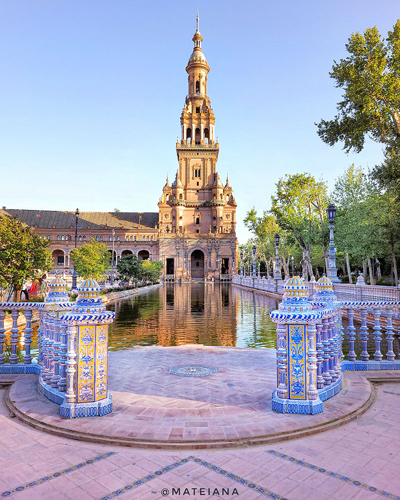Plaza-de-Espana-Seville,-Spain---point-of-view