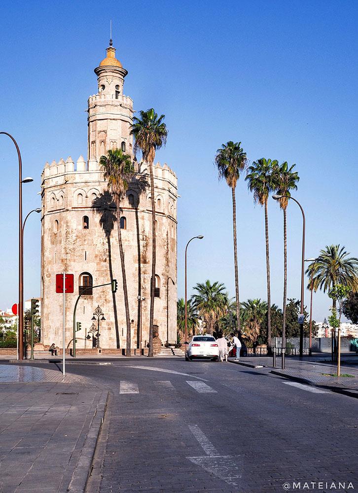 Torre-del-Oro,-Seville,-Spain