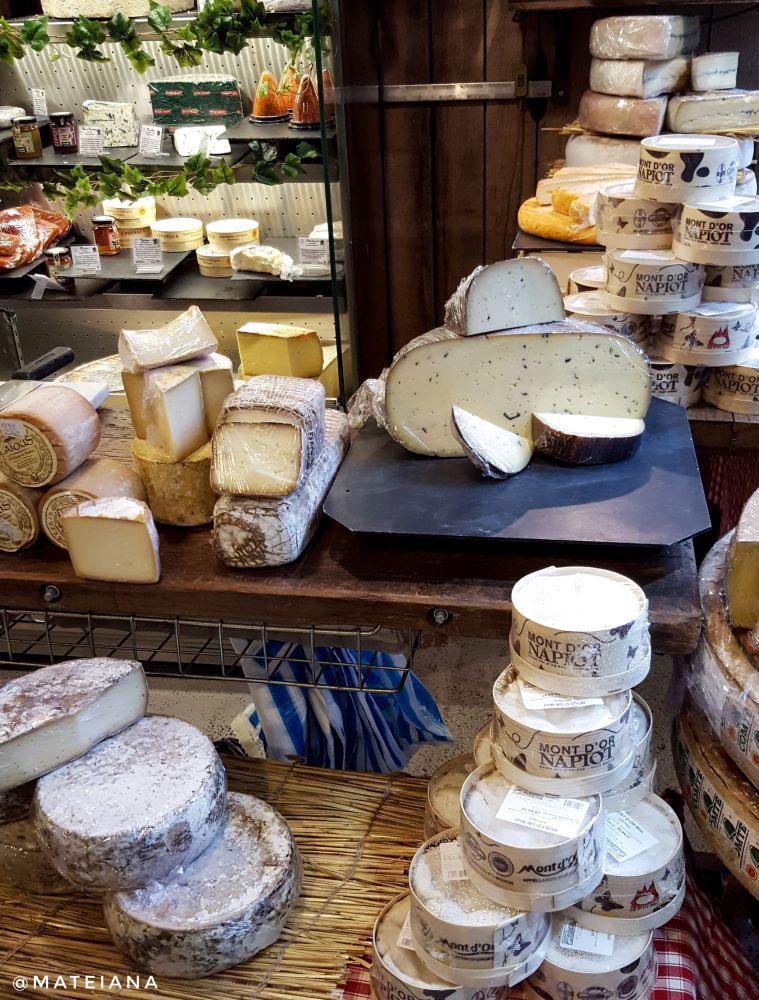 Borough-Market---cheese-shop