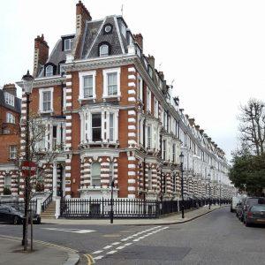 High-Street-Kensington-London---Architecture