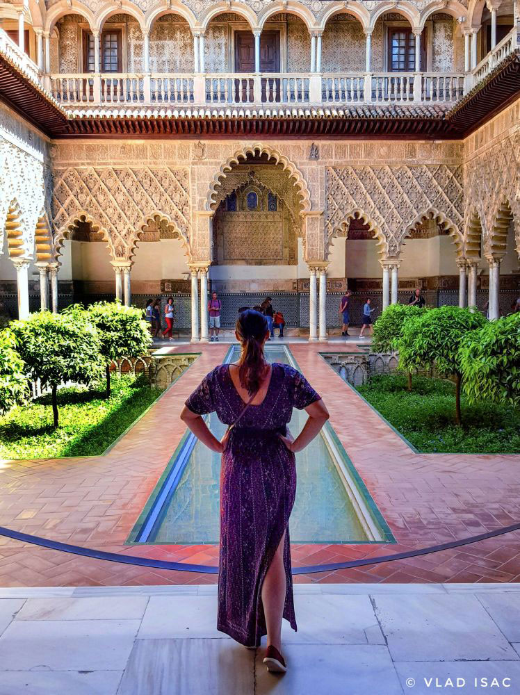 Main-patio-at-Real-Alcazar-of-Seville---Ana-Matei