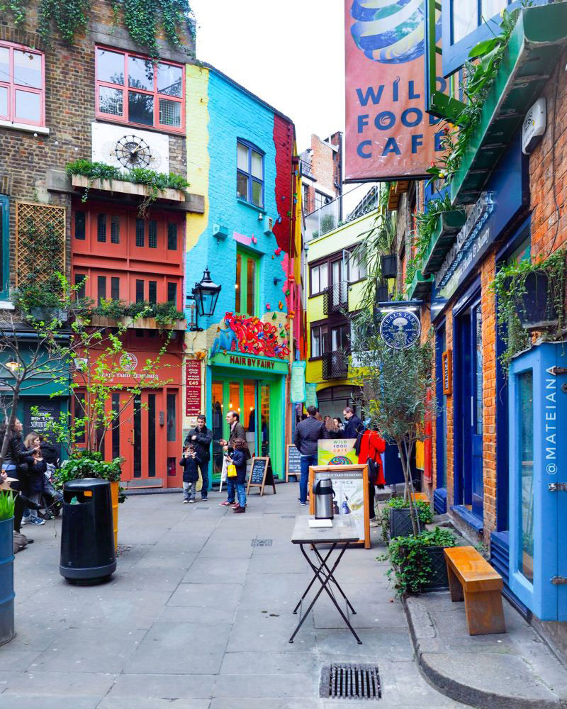Neal-s-Yard-London-by-Ana-Matei