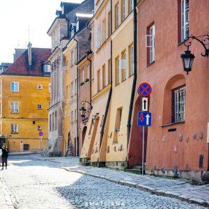 Brzozowa-Street-Warsaw-sunny