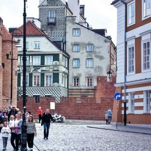 Old-Town-Warsaw,-Poland---street-view