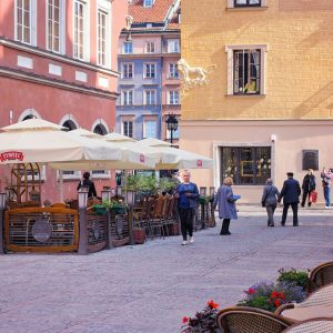 Old-Town-Warsaw---street-photo