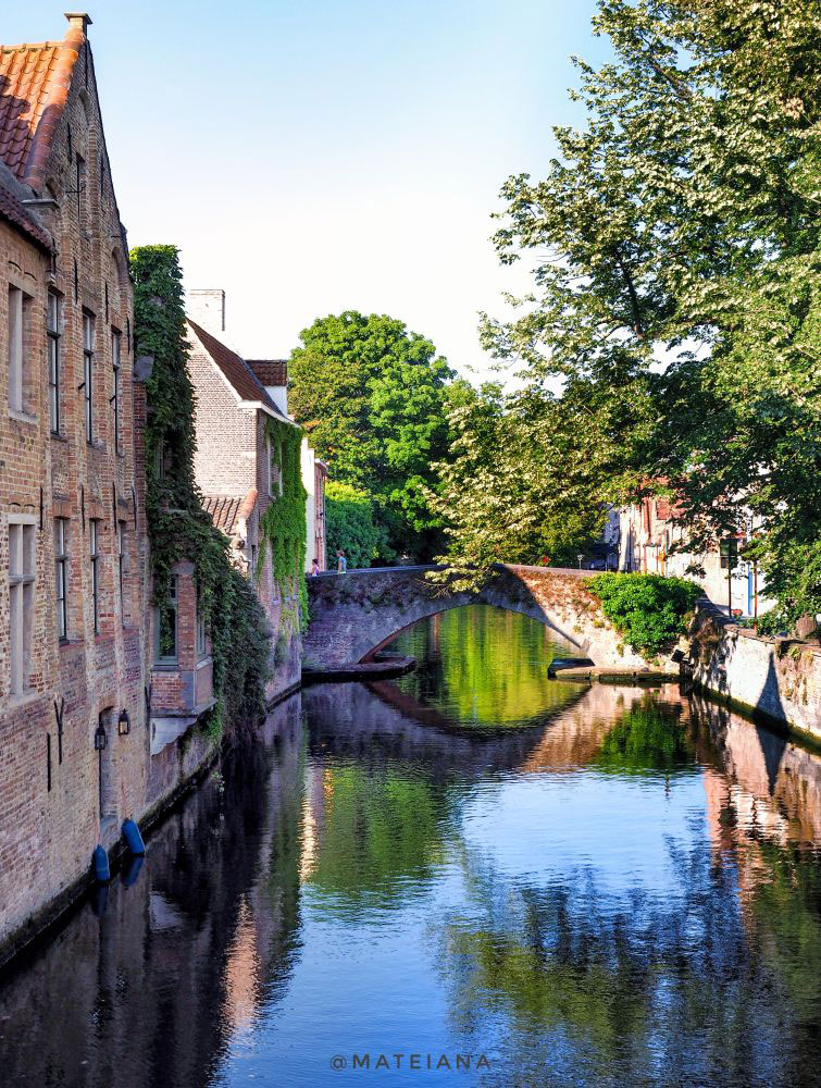 beautiful bridge in Brugge