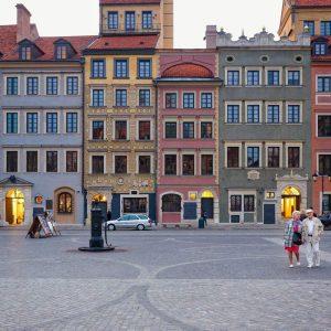 Rynek-Starego-Miasta-at-dusk