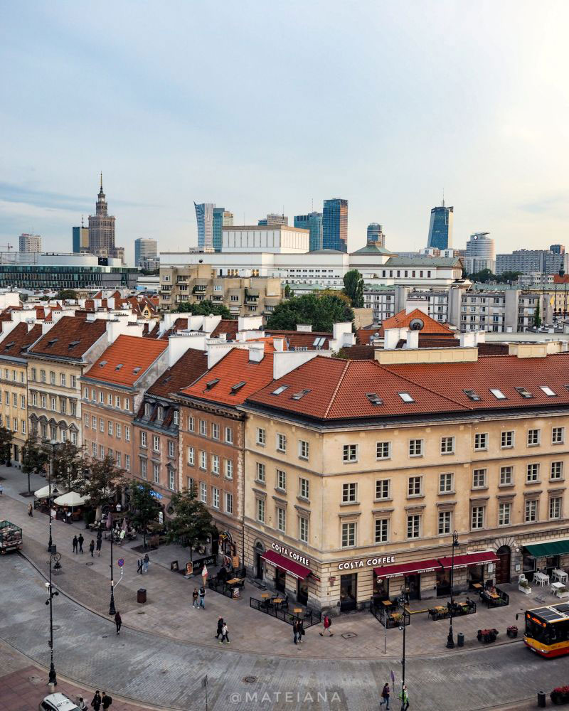Warsaw-from-above---architecture-mix