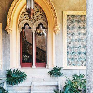 Monserrate-Palace-Sintra-Portugal---entrance