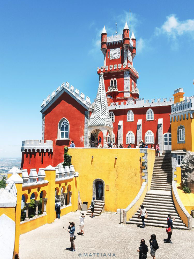 Pena-Palace-Sintra---fairy-tale-castle-in-Portugal