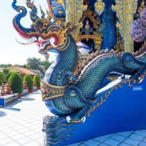 Blue-Temple-Chiang-Rai---Naga---Dragon