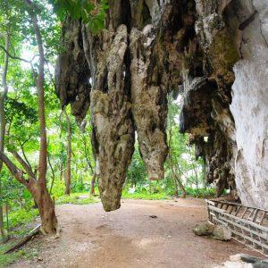 Diamond-Cave,-Krabi---stalactites