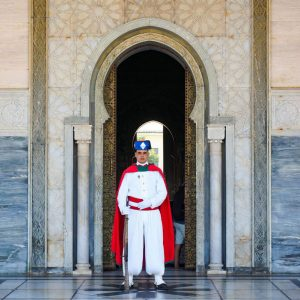 Guard-at-the-entrance-in-Mausoleum-of-Mohammed-V,-Rabat