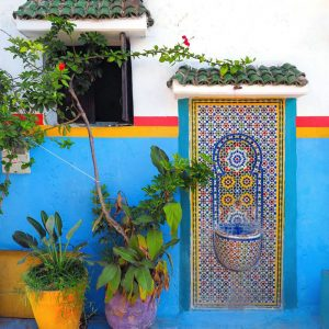 Kasbah-des-Oudaias,-Rabat---colorful-mosaic-fountain