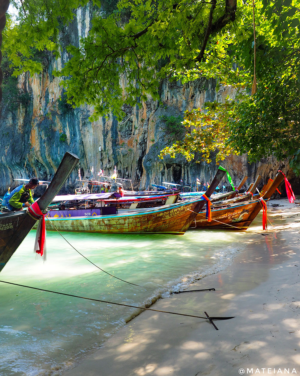 Long-Boats-Thailand