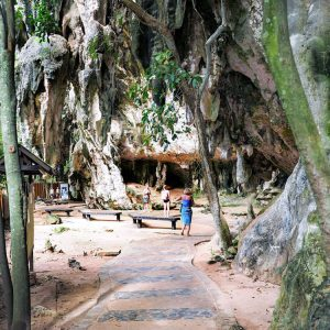 Phra-Nang-Cave,-Krabi---walk-through