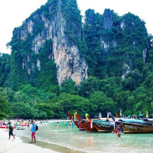 Railay-Beach,-Krabi,-Th