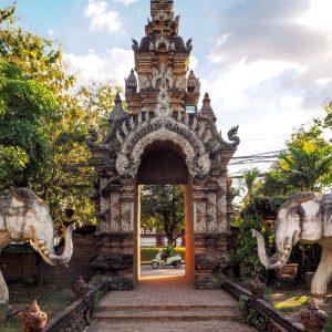 Beautiful-gate-and-stone-elephants-and-Wat-Lok-Moli-in-Chiang-Mai