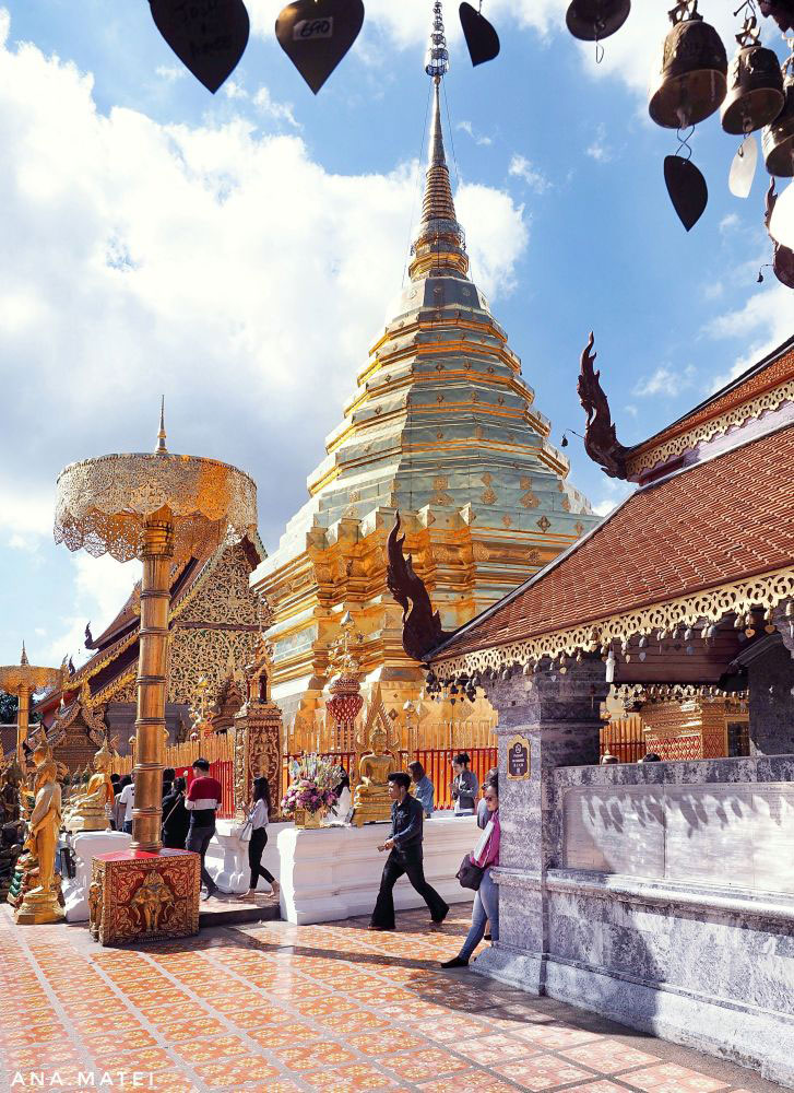 Golden-Stupa-at-Wat-Phra-That-Doi-Suthep