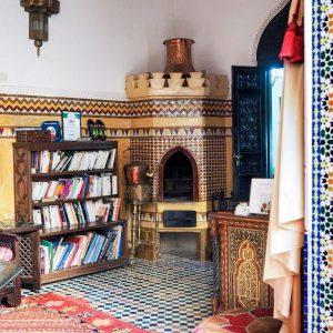 Riad-Fes-Baraka---Moroccan-sitting-area