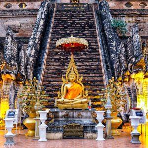 Wat-Chedi-Luang---temple-details---Chiang-Mai