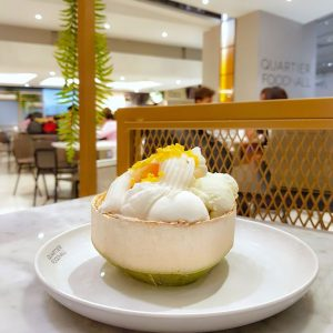 Coconut-and-milk-ice-cream-in-a-coconut---Bangkok,-Thailand