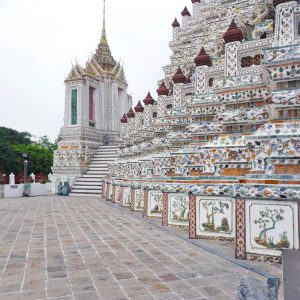 Wat-Arun-Bangkok---Temple-of-the-Dawn---point-of-view