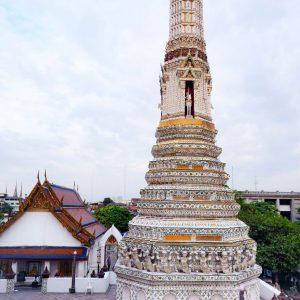 Wat-Arun-Bangkok---small-phrang