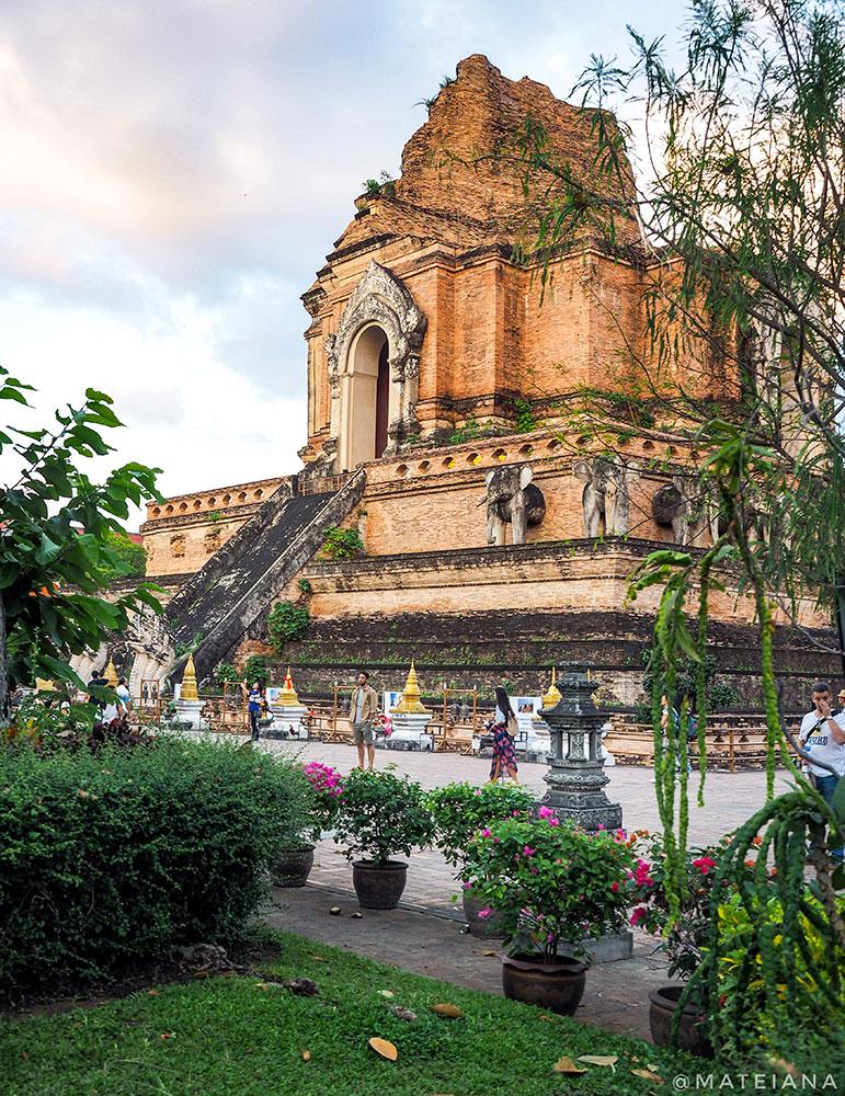 Wat-Chedi-Luang---Chiang-Mai,-Thailand2