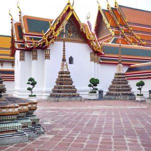 inside-Wat-Pho,-Bangkok