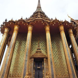 one-of-the-main-temples-at-Grand-Palace-Bangkok