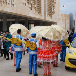 Kids-dressed-in-costumes-Feast-of-St.-Paul-Shipwreck-in-Valletta