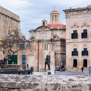 Limestone-fortress-walls-and-churches-in-Valletta