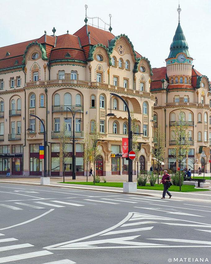 The-Black-Eagle-Palace-Oradea