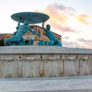 Tritoni-Fountain-in-Valletta,-Malta