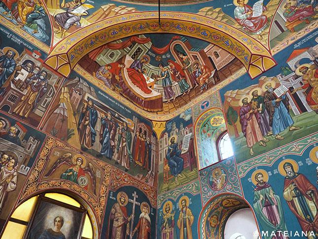 Sveti-Sedmochislenitsi-Church---Sofia,-Bulgaria