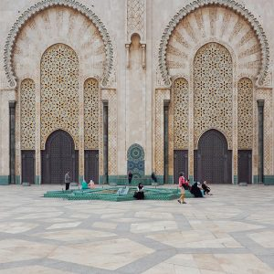 Hassan-II-Mosque-in-Casablanca,-Morocco---facade
