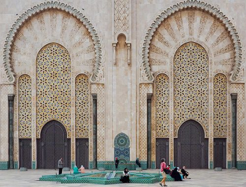 Hassan-II-Mosque-in-Casablanca,-Morocco---featured