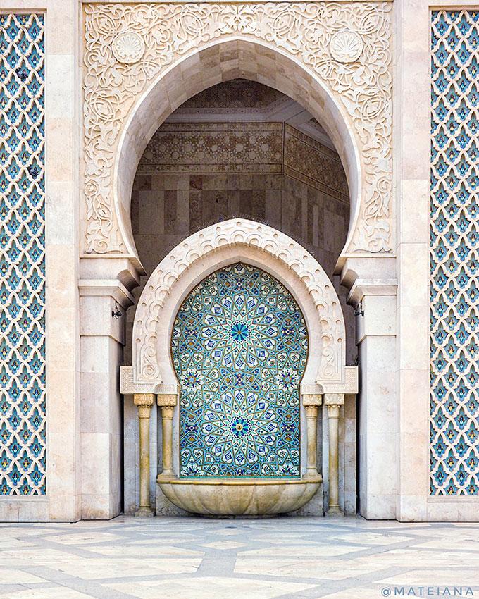Visiting-Hassan-II-Mosque-Casablanca,-Morocco