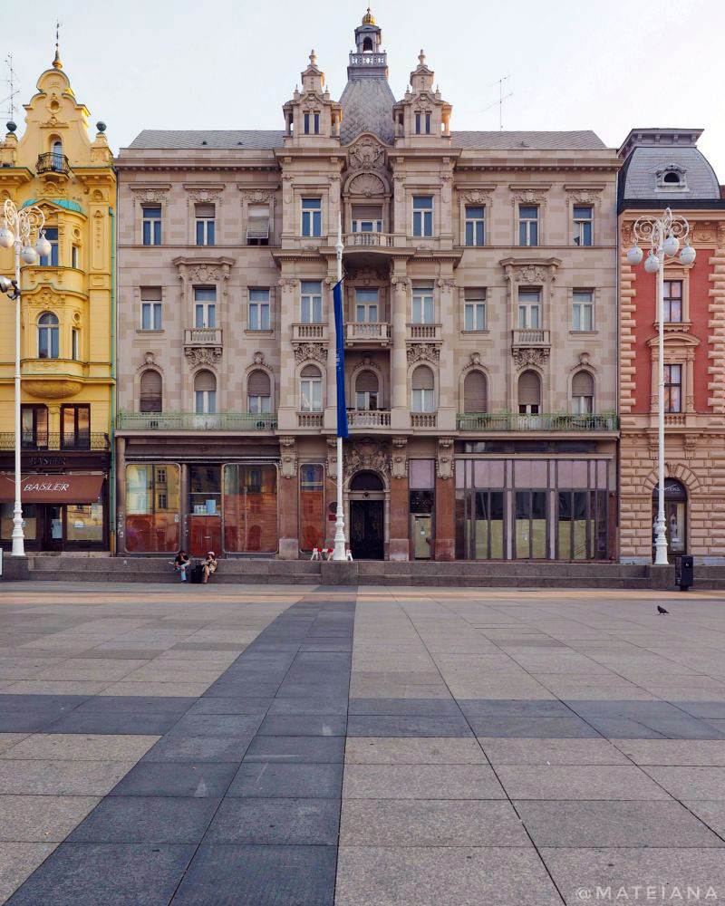 Ban-Jelacic-Square,-Zagreb,-Croatia---early-morning
