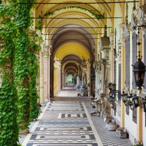 Mirogoj-Cemetery,-Zagreb---Arches-covered-in-ivy