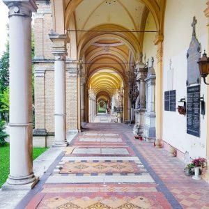 Mirogoj-Cemetery,-Zagreb-Pastel-floors-and-arches