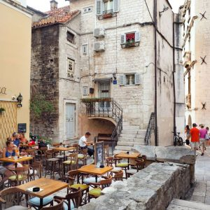 Coffee-Shops-in-Split,-Croatia