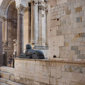 Egyptian-Sphinx---Diocletian-s-Palace-in-Split,-Croatia