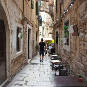 Limestone-streets-of-Split,-Croatia