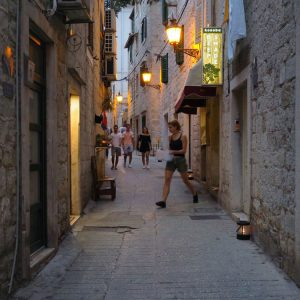Veli-Varos-at-night---the-oldest-suburb-in-Split,-Croatia