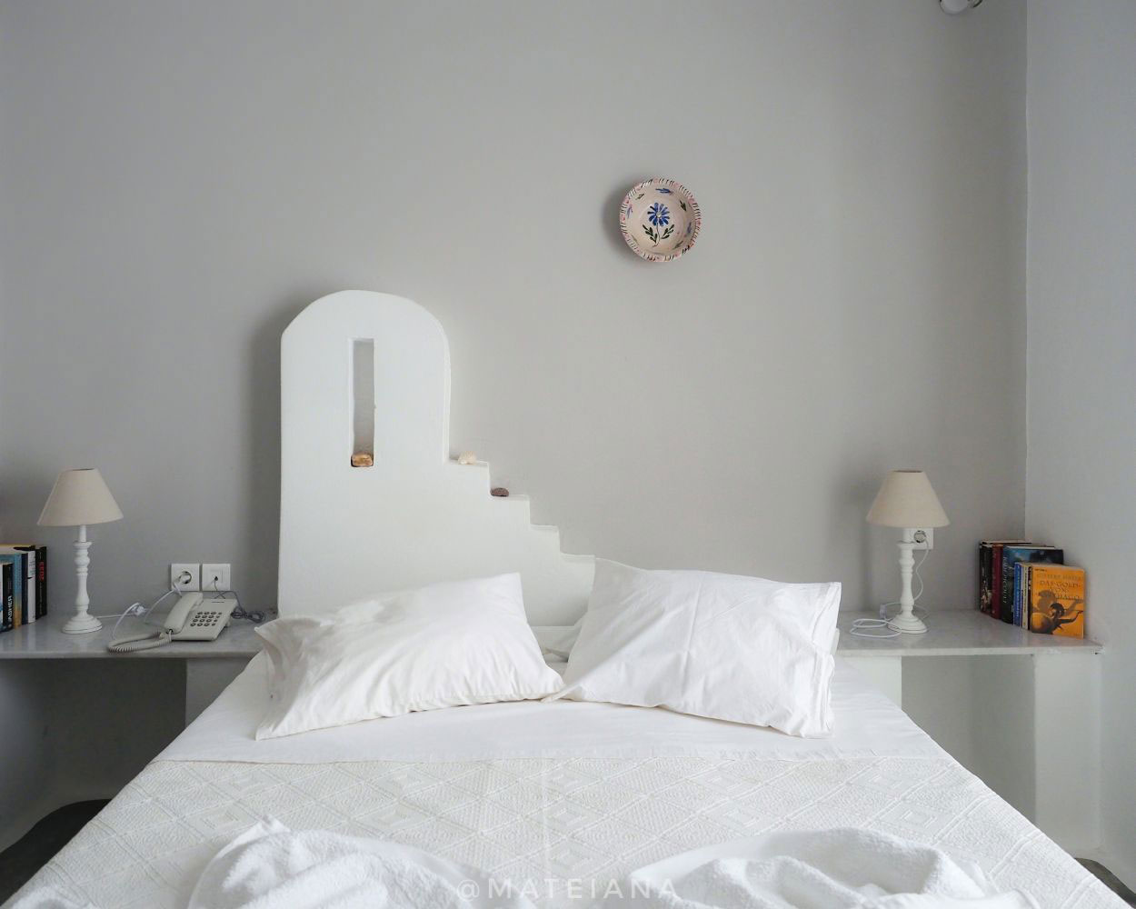 Cycladic-style bed at Bungalows Svoronos, Paros